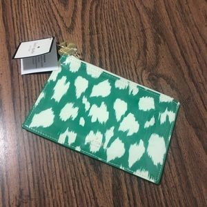 kate spade Bags - Kate Spade Pencil Pouch